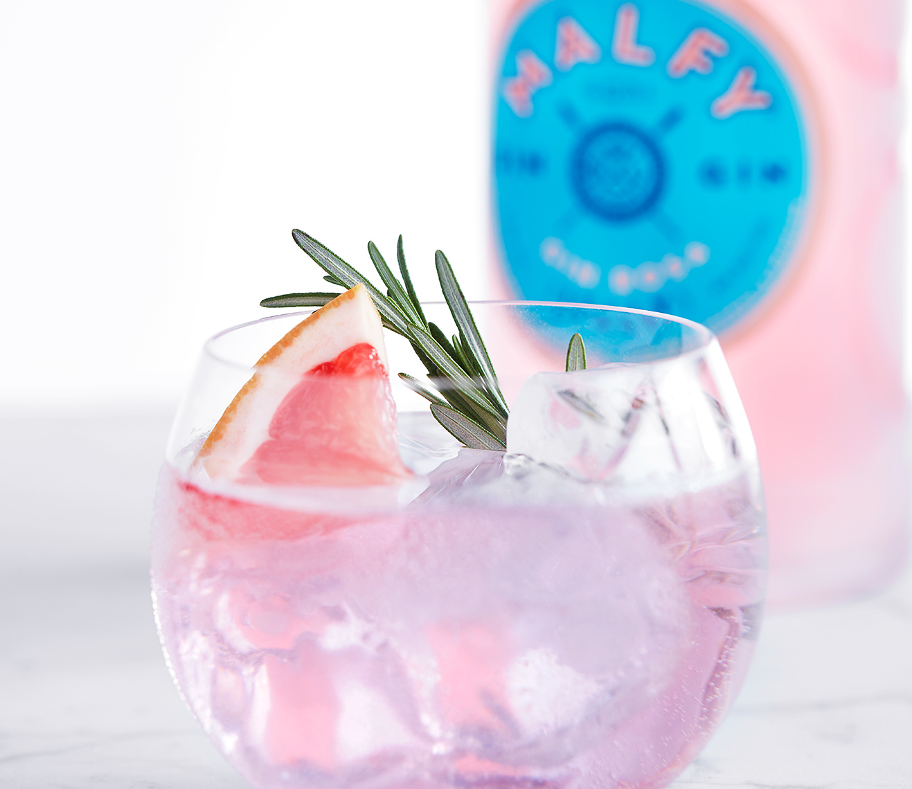 Red Productions Product & Still Life Photography Malfy Con Rosa Pink Gin And Tonic Cocktail